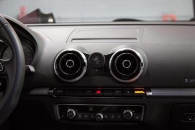 Audi A3,Audi S3,アウディ,スマホマウント,Emmanuele Design