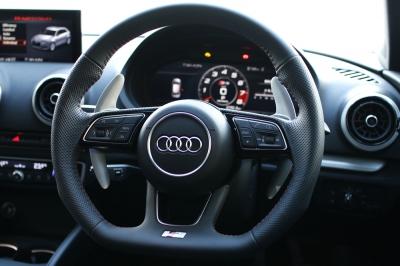 Audi A4,アウディ,パドルシフター,パドルエクステンション,Audi A3,Rtech