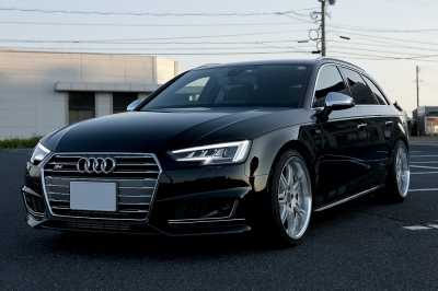 Audi A4 ミラーカバー,New A4,アウディ,ミラーカバー,アルミ調,Audi S4