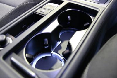 ゴルフ7,VW GOLF7,VW GOLF7.5,AXIS,カップホルダー,LED イルミネーション