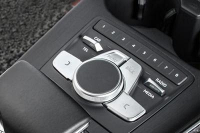 Audi A4,Audi A5,アウディ,B9,MMIスイッチカバー