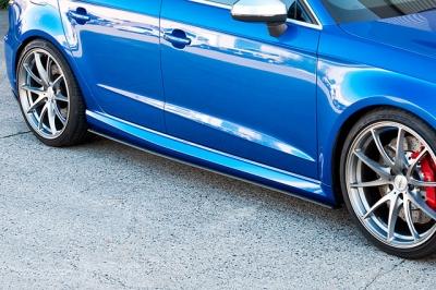 Flow Designs,Audi RS3,スプリッター,アウディ,サイドスカート,サイドステップ