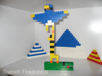 レゴ キリンの上にペンギン??