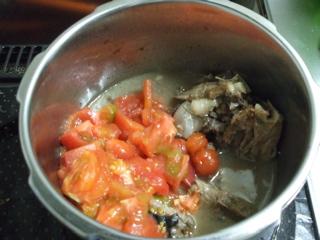 カジキマグロのトマト煮2