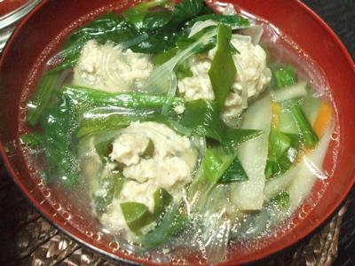 鶏だんごとゴボウの春雨スープ