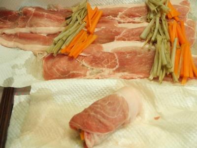 豚肉のゴボウ人参巻き2