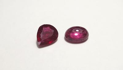 ピンクの石