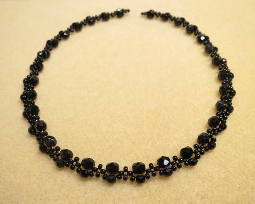 黒ネックレス