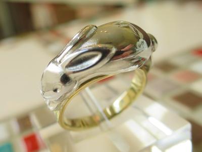 ウサギの指輪