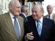 FIFAの世界戦略とワールドカップの巨大化