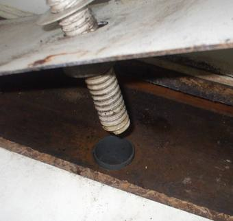 洗面台下の排水口