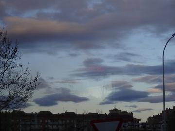 12.05.09旅の雲たち08