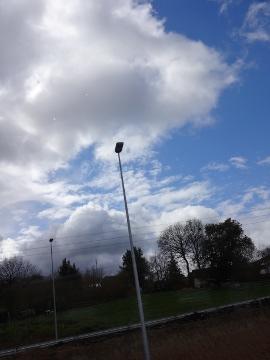 12.05.09旅の雲たち11
