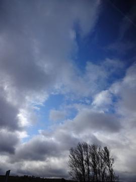 12.05.09旅の雲たち21