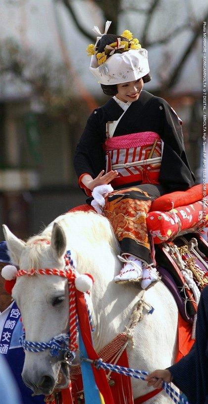 宮崎神宮大祭 シャンシャン馬