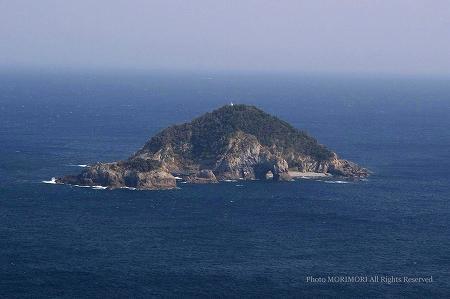 桃源郷岬より見た枇榔島(ビロウ島)