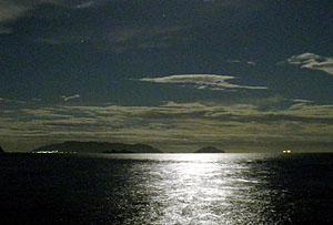 月夜の祝島