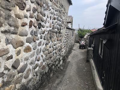 中郷の練塀