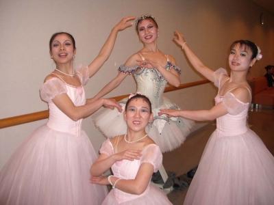 いつまでも 伸び伸び 楽しく踊り隊♪〜