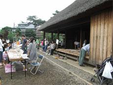 狛江アートマーケットへ