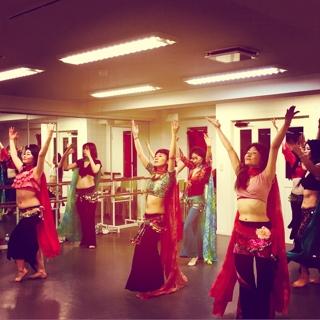 本日の土曜レッスン、皆様ととても熱く踊りました(^^)