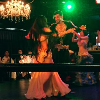 アフターパーティーでは、六本木にある豪華なステージで踊らせて頂きました11
