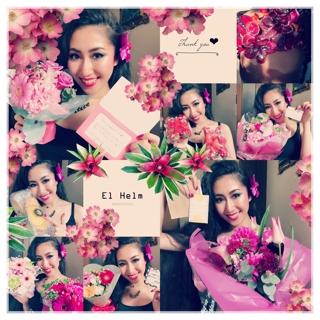 お越し頂きました生徒様より沢山の美しいお花、そして最高に美味しいマドレーヌを頂戴致しました。  お心遣い頂きまして誠に有難うございます。とてもとても嬉しいです。  Kazueさん、Minnadia、Eliyahna、Furida、Yumiさん、Rieさん、Eleorah、Asfareeda、Asukaさん、そして応援に来て下さいました生徒様のご家族様、孝子様、私達の母、皆様本当に有難うございました。