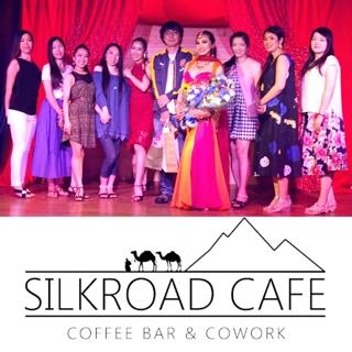 昨晩はシルクロードカフェ様にてFuridaのショーがございました。 Furidaのお心の美しさやお優しさが溢れる即興ダンスを堪能させて頂きました。  また、この度も素晴らしい貴重な機会を与えて下さいましたシルクロードカフェの皆様、本当にお世話様になりまして有難うございました。