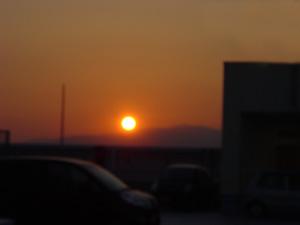燃える鉄の玉 太陽
