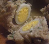 ウズラ卵入り鶏団子