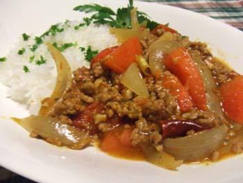 スパイストマトひき肉カレー