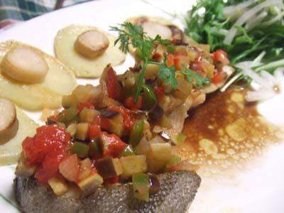 白身魚のミニラタトュイユのせ バルサミコ酢ソース