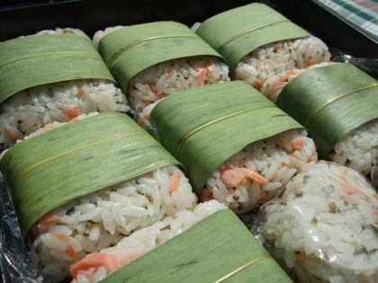 塩サケの押し寿司 お花見弁当