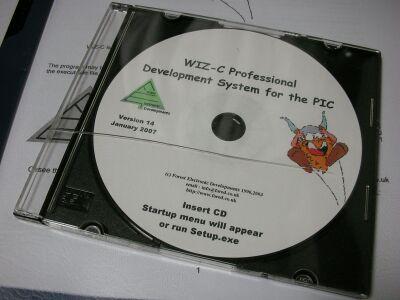 FED WIZ-Cのディスクとケース