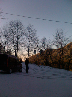 雪の甲府幕への道