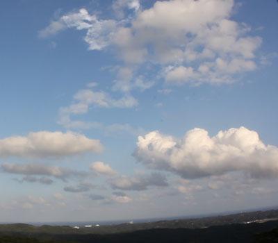 ロケット雲 夜光雲