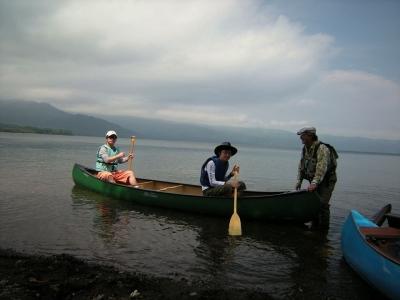屈斜路湖で、カヌーも釣りもよくばりコース