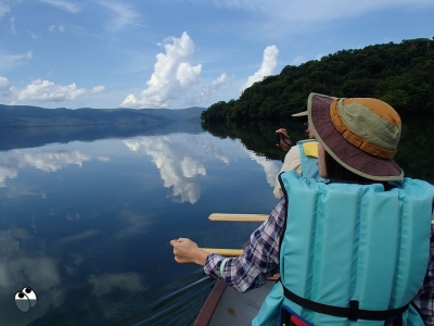 鏡のような屈斜路湖、静かに独占