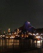 ウォーターフロントからの夜景