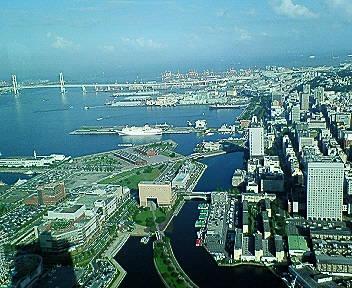 横浜市上空