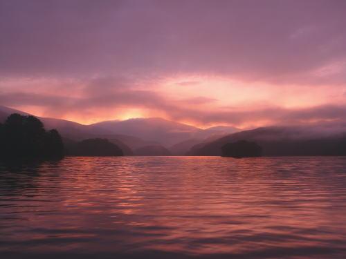 小野川湖の朝焼け