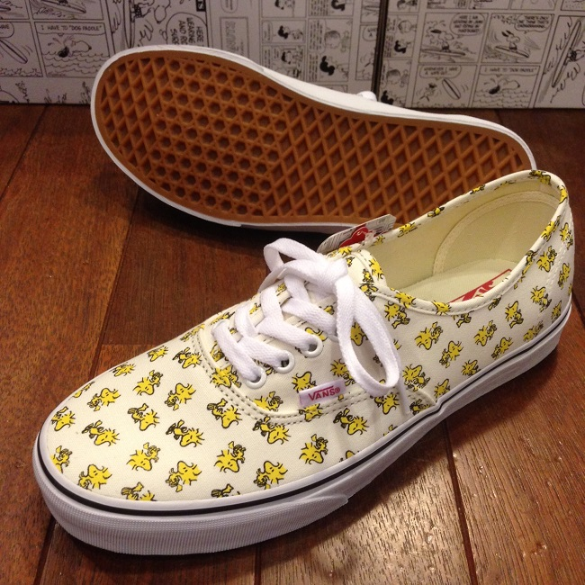 VANS_AUTHENTIC PEANUTS 3.JPG