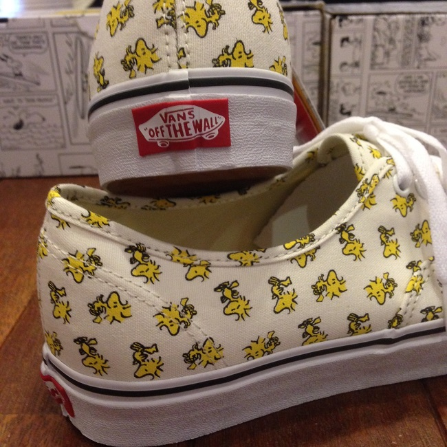 VANS_AUTHENTIC PEANUTS 5.JPG