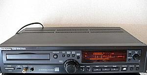 CD-RW700 3