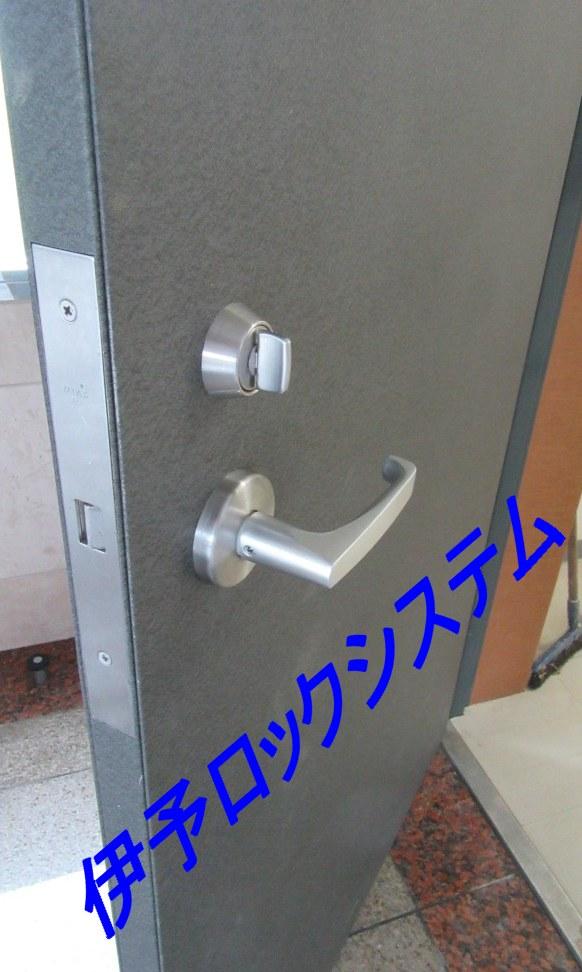 電気錠AUT