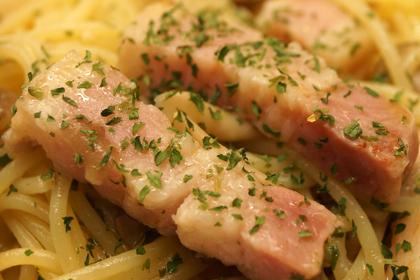 厚切りベーコンと季節野菜のペペロンチーノ_HIGHBURY_02.jpg