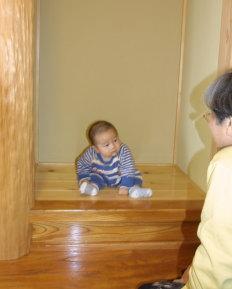 福岡県飯塚市 我が家の完成見学会での、チビッコモンスター。