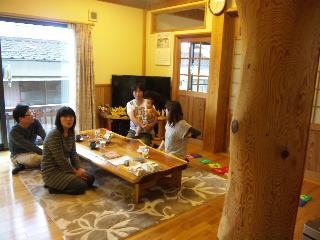 福岡市南区のO様ファミリーと打ち合わせ段階に、福岡県古賀市のS様邸へ伺いました。|福岡県古賀市の骨太健康住宅|木造りの家フォーユー