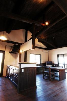 古民家風の家-吹き抜け和組み|大分県杵築市