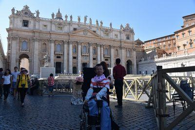 ローマ エーゲ海クルージング バリアフリー旅行 しゃらく 小倉譲 サンピエトロ大聖堂